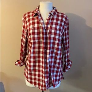 St Johns Large red, white plaid long sleeve shirt
